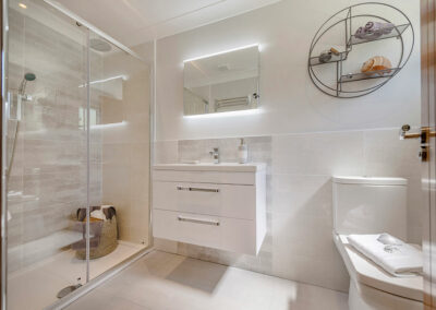 Bathroom tamarack